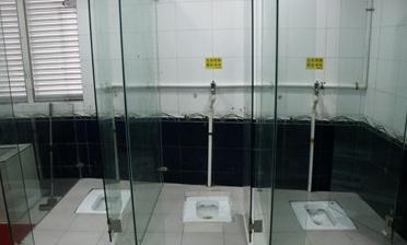 透明トイレ